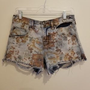 Free People Floral Distressed Shorts Size 27